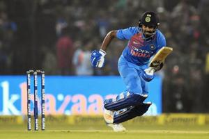 KLRahul fifty powers India to big win over Sri Lanka inCuttack T20