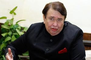 Randhir Kapoor is ready to do films if good offers come his way.