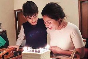 Birthday girl Mahira Khan cuts cake with son. Check out pics and...
