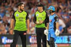 Adelaide Strikers vs Sydney Thunder Big Bash League game soured over...