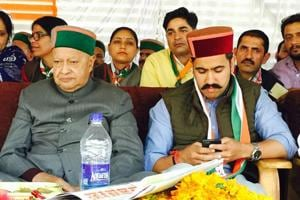 Many contestants overtly and covertly blamed Virbhadra Singh for propagating local leaders who allegedly worked against their own party.