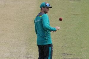 Ashes: Steve Smith defends under-fire England cricket team coach