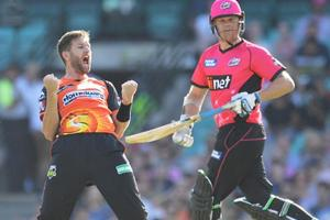 Big Bash League: Andrew Tye claims hattrick as Perth Scorchers beat...