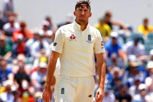 Craig Overton out of 4th Ashes Test in Melbourne due to fractured rib