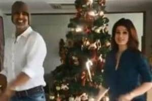 Akshay Kumar, Twinkle Khanna dance around trees to celebrate...