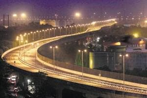 On the northern side, MMRDA plans to extend the freeway by 3 km and connect it to the Eastern Express Highway