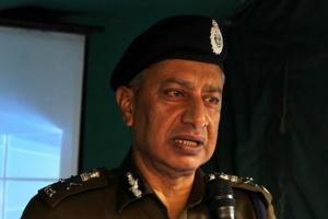 J-K government seeking explanation from IPS officer for militancy...