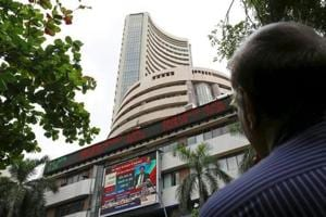 Sensex crosses 34,000 mark, Nifty hits new high of 10,515
