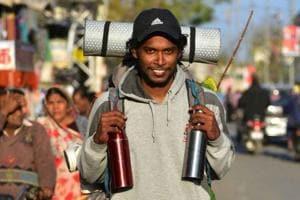 Nigin Binish (25) of Kanyakumari in Tamil Nadu is travelling on foot from Coimbatore to Kashmir.