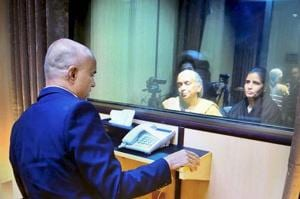 Kulbhushan Jadhav's wife's shoes had metallic substance, says Pakistan