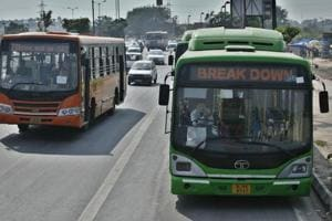 The Delhi high court said there should be a fleet of 11,000 buses, but the city has only 5,426 of them. (HT File Photo)