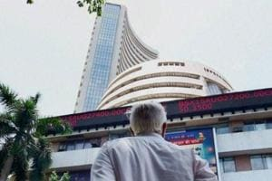 Nifty goes above 10,500, Sensex in green ahead of F&O expiry