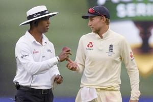 Tempers fly in Ashes Melbourne Test again, England under fire for ball...