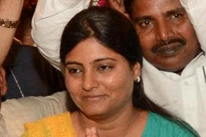 Narrow escape for Union minister Anupriya Patel as 4 vehicles of...