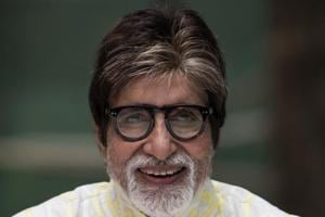 Amitabh Bachchan shares throwback picture with Abhishek, Sweta. See...