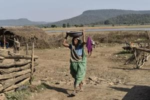 Housing funds stuck in red tape, Bundelkhand families spend winter...