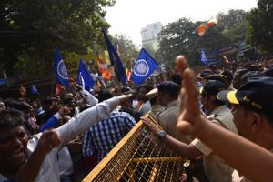 Mumbai sees violent Dalit protests after death of 28-year-old Pune man