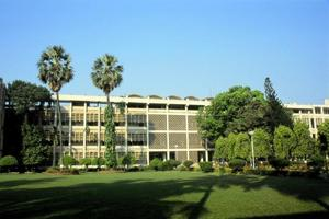 Indian Institute of Technology Bombay (IIT-B)