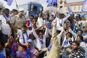 Violence in Maharashtra as Dalits protest death of 28-year-old in...