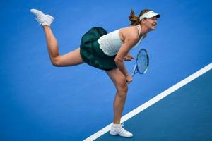 Maria Sharapova forced to dig deep by Alison Riske in Shenzhen Open...
