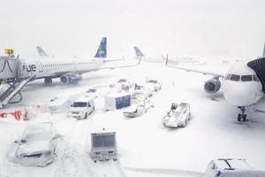 Photos | Bomb cyclone: Heavy snow, hurricane winds pounds US east coast