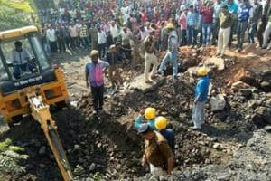 Rescue operations underway at the accident site in Madhya Pradesh's Betul district.