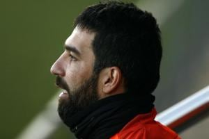 Barcelona's Arda Turan close to joining Turkey's Basaksehir