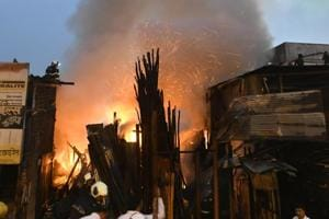 Fire at Andheri's timber market, third in 24 hours in Mumbai