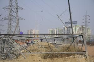 NHAI removes transmission tower, Hindon elevated road completion to...