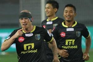 ISL: Iain Hume scores hat-trick as Kerala Blasters FCbeat Delhi...