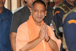 Yogi meets RSS leaders ahead of likely changes