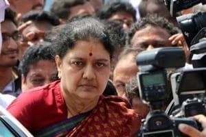 Sasikala's husband surrenders before CBI court in car import case