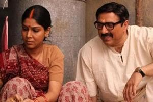 Sunny Deol and Sakshi Tanwar in a still from Mohalla Assi.