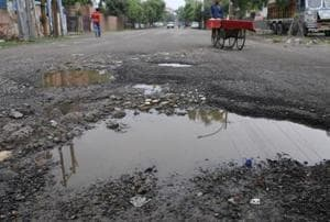 Bad roads: UP government suspended 12 PWD engineers