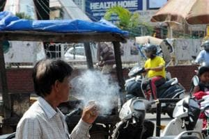 8,214 people fined by Delhi Police in 4 days for smoking in public