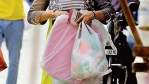 Maharashtra government set to ban plastic containers, banners, boards,...