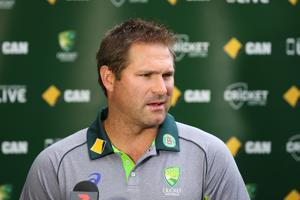 Cricket Australia charges Ryan Harris for Twitter rant during Big Bash...