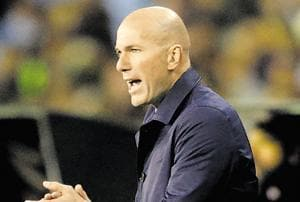 Zinedine Zidane out? Fernando Hierro calls for calm at Real Madrid