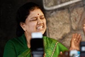 Secret letter on gutka scam found from Sasikala's room in Poes Garden...