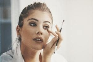 Make-up base, dry shampoo and more: 5 uses of talcum powder you may...