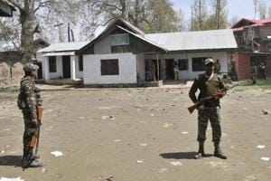 Two injured in army firing on Srinagar outskirts