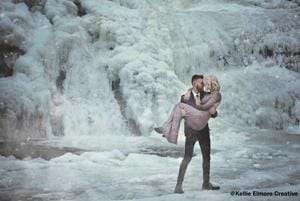 This US couple's engagement photos look straight out a winter...