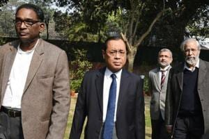 Former top judges issue open letter to CJI Dipak Misra in support of...