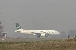 Pakistan aims to sell national airline PIA before election