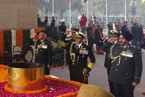 Chief of Army Staff Bipin Rawat, Chief of the Naval Staff Sunil Lanba, and Air Chief Marshal B S Dhanoa pay homage at Amar Jawan Jyoti on the occasion of 70th ArmyDay 2018  on Monday.