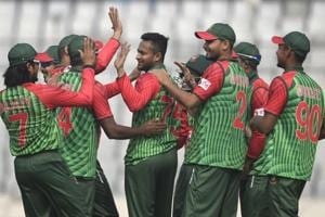 Live - Bangladesh  vs Zimbabwe, tri-nation series, live cricket score