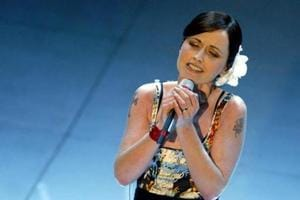 UK police say death of singer Dolores O'Riordan is not suspicious
