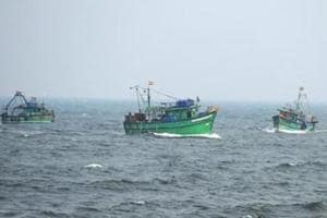 Sri Lankan Navy arrests 16 Indian fishermen