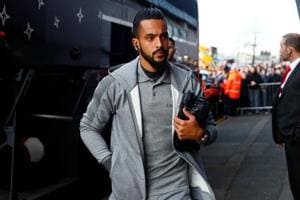 Arsenal's Theo Walcott set for Everton medical ahead of £20 million...