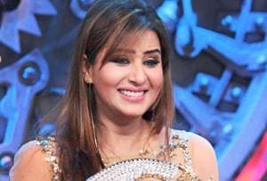 Bigg Boss 11 winner Shilpa Shinde claims Hina Khan treated her like a...
